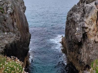 Descenso Sella_Sierra del Sueve; tienda de montaña madrid viajes singles madrid rascafria las presi